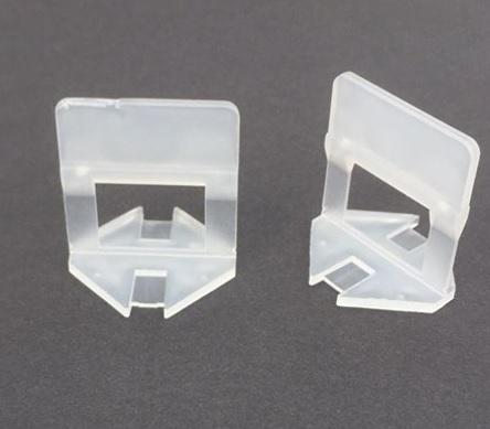 Placering/montering af klips/kiler er nem og hurtig. Det samme er tilfældet, når kilerne skal løsnes. Kilerne kan efterfølgende anvendes igen.